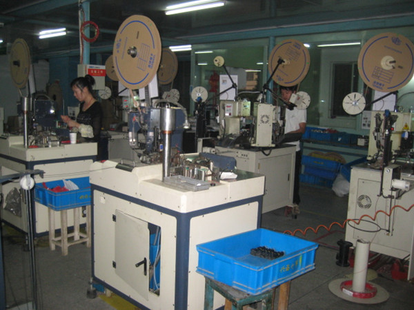 Automatic crimping machines